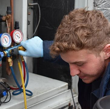 ENGINEER Refrigeration Maintenance Fridge Compressor Rontec Morrisons