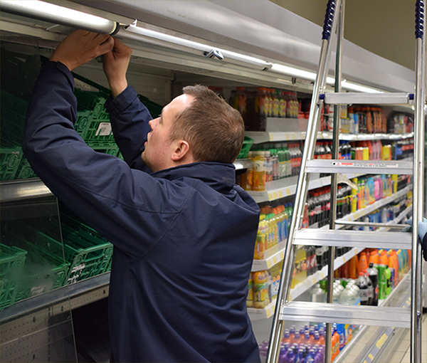 ENGINEER Refrigeration Maintenance Fridge Forecourt Rontec Morrisons